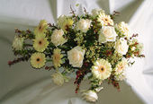 Thumbnail image for 800px-Flower-arrangement-funeral-white.jpg