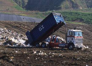 dump-truck-1396587__340-300x215